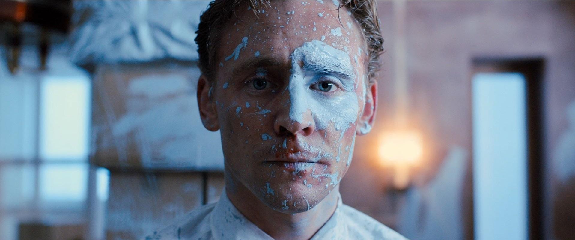 Tom Hiddleston, High-Rise