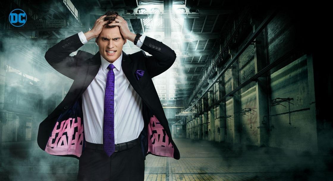 joker-suit-secret-identity