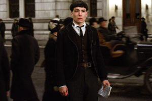 rs_1024x683-161111052734-1024-ezra-miller-fantastic-beasts-and-where-to-find-them-111116