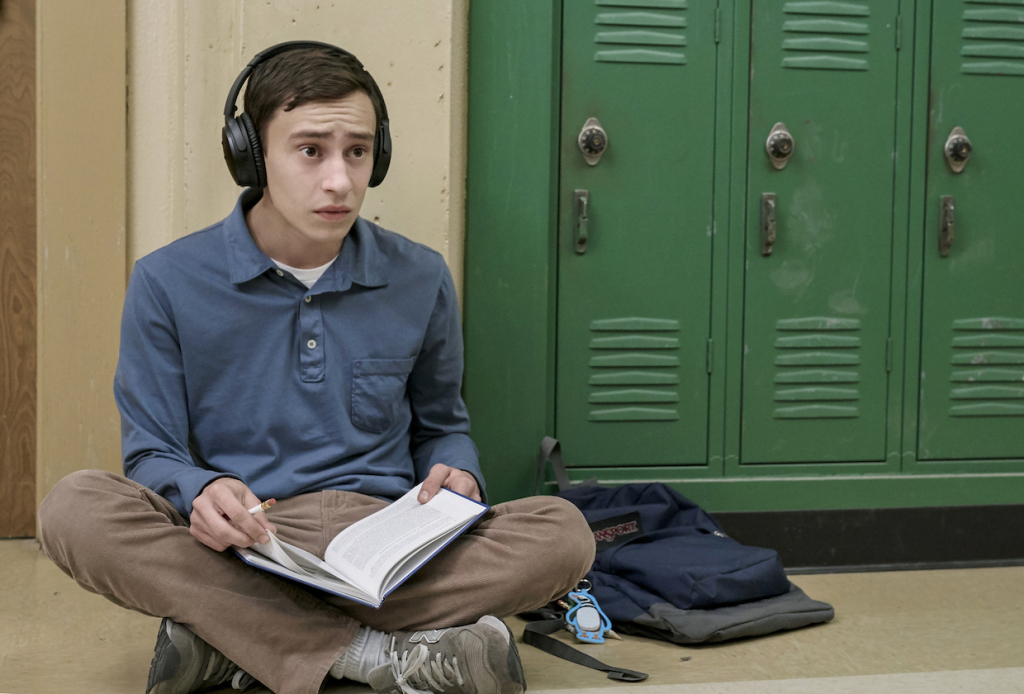 atypical-netflix-premiere-date-video-keir-gilchrist.jpg (1024×694)