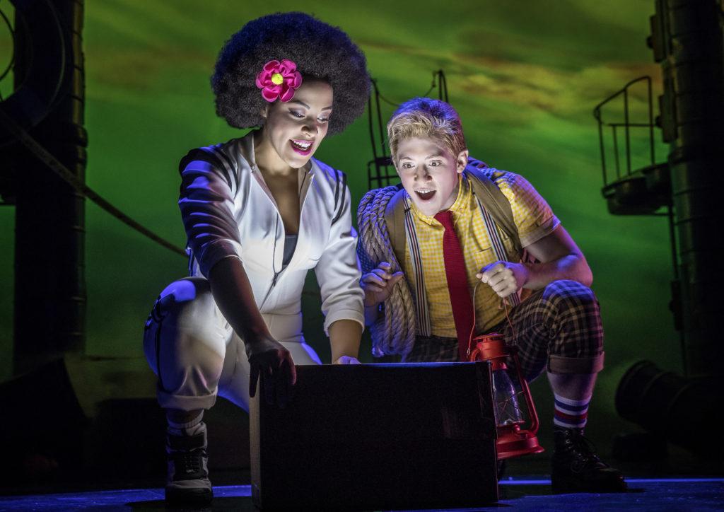 Lilli Cooper (Sandy) and Ethan Slater (Spongebob) in Spongebob Squarepants The Broadway Musical. Photo by Joan Marcus.